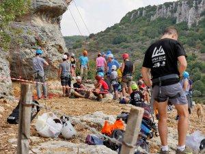 ילדים ונוער מטפסים ברוק פסט גיתה