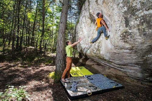 בולדרינג Bouldering אבן גיר EVENGEAR
