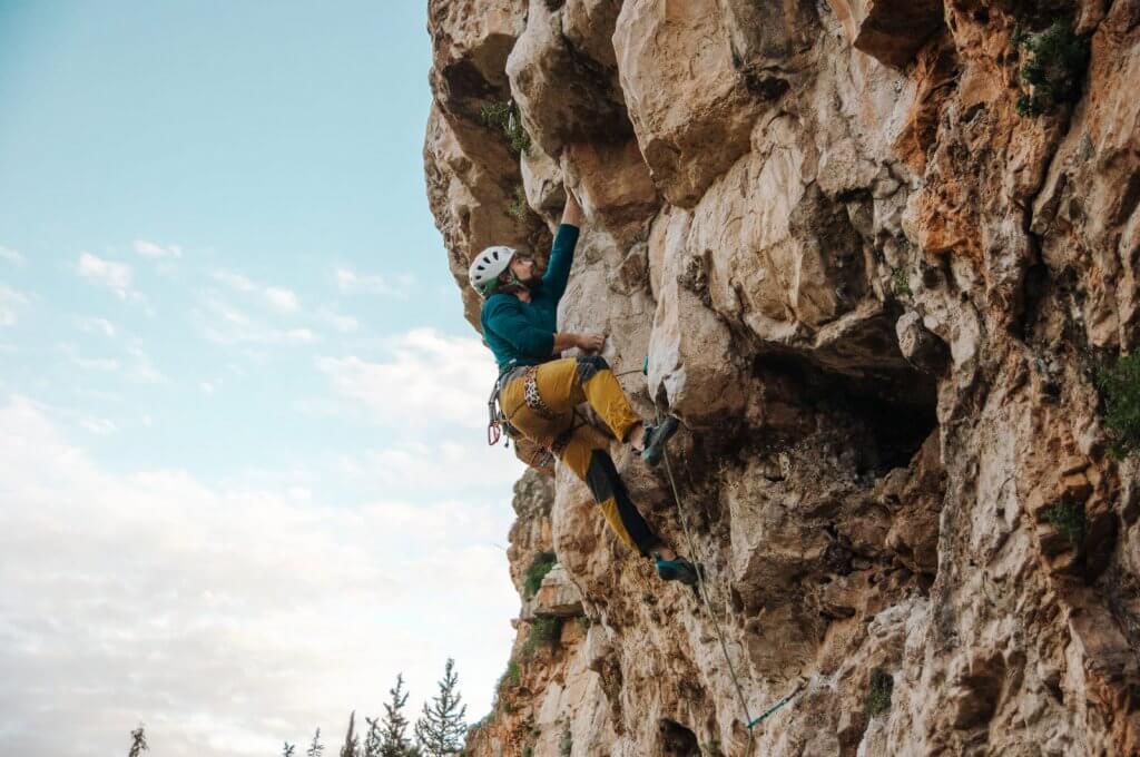 טיפוס הרים בישראל מצוק שילת- בלוג אבן גיר